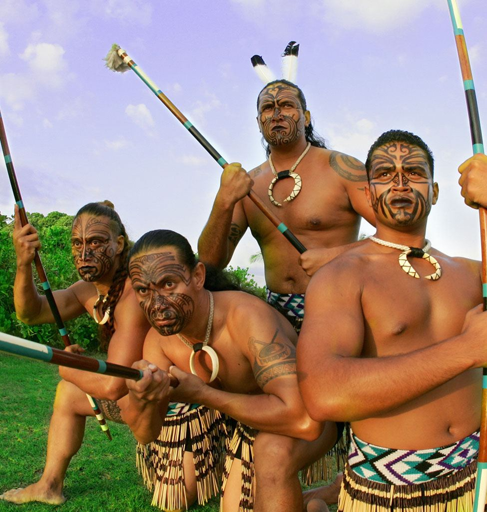 Island Breeze Luau maori