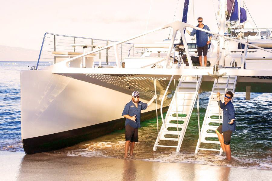 expert crew from deluxe kaanapali sunset sail