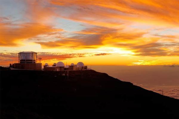 haleakala sunrise summit telescopes