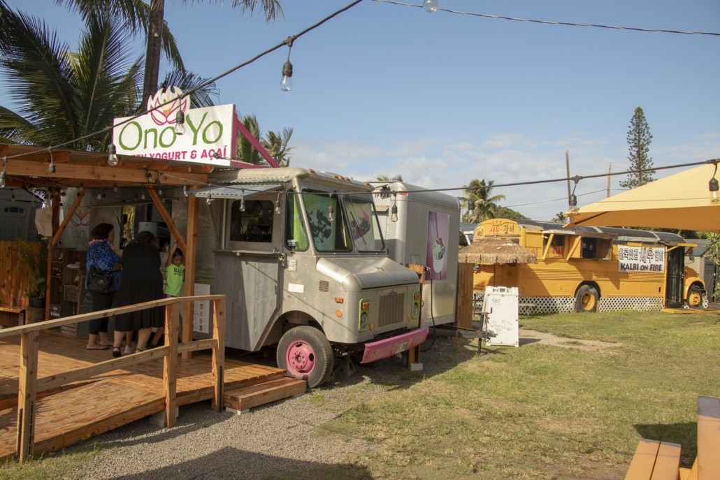 North Shore Food Trucks Ono Yo and Bus Oahu