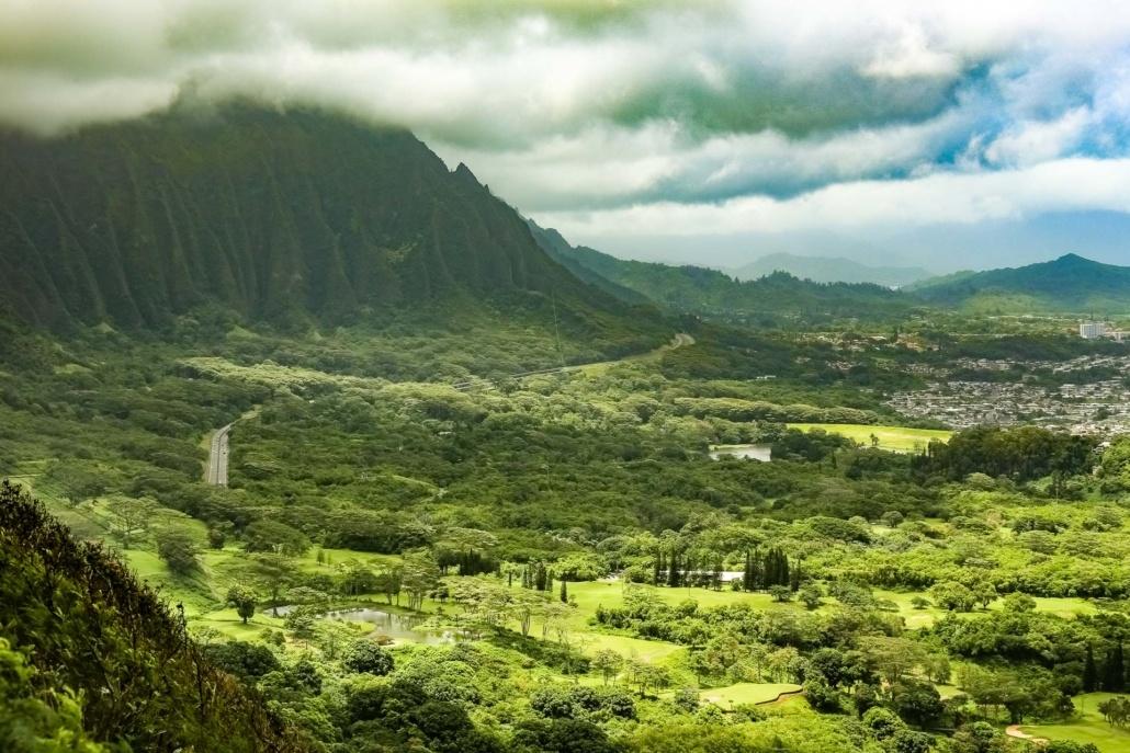 Nuuanu Valley Lookout View North Koolau Mountains Oahu