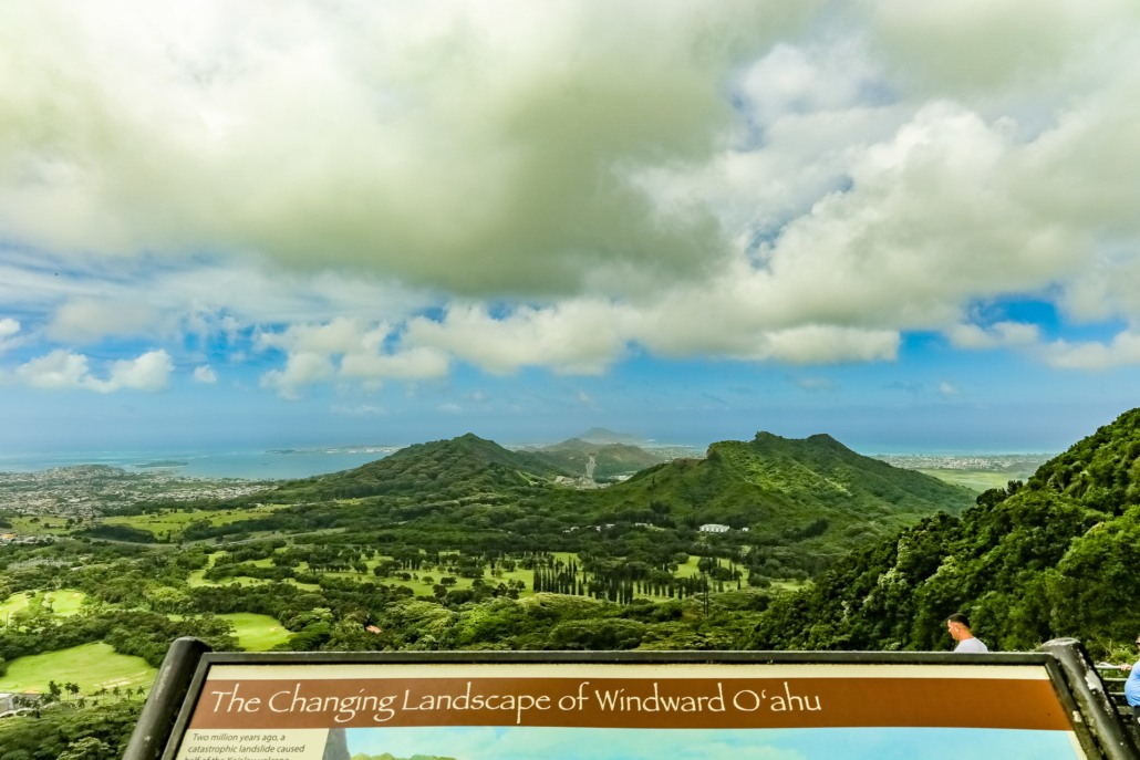 Nuuanu Valley Lookout View and Sign Oahu