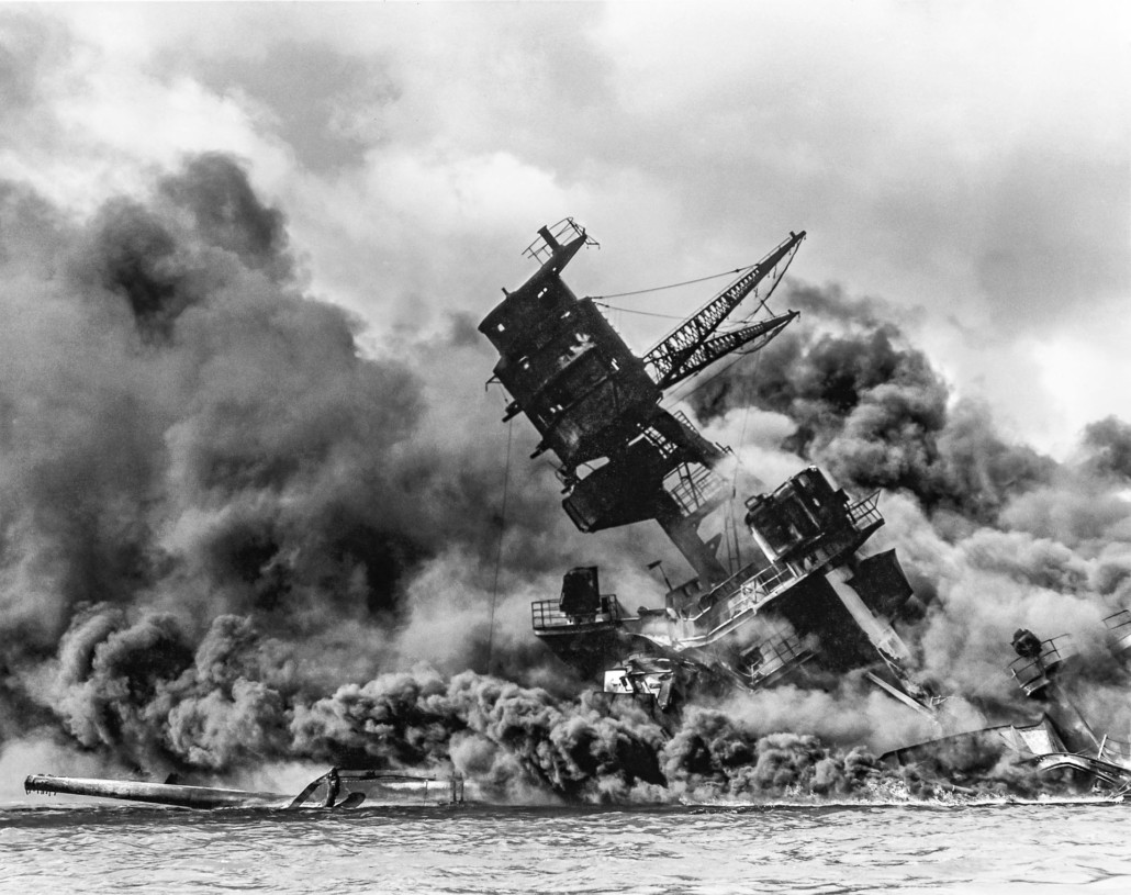 The USS Arizona (BB ) burning after the Japanese attack on Pearl Harbor Decth