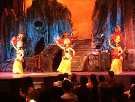 magic polynesia show
