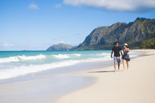 Beach Visitors Stroll Oahu