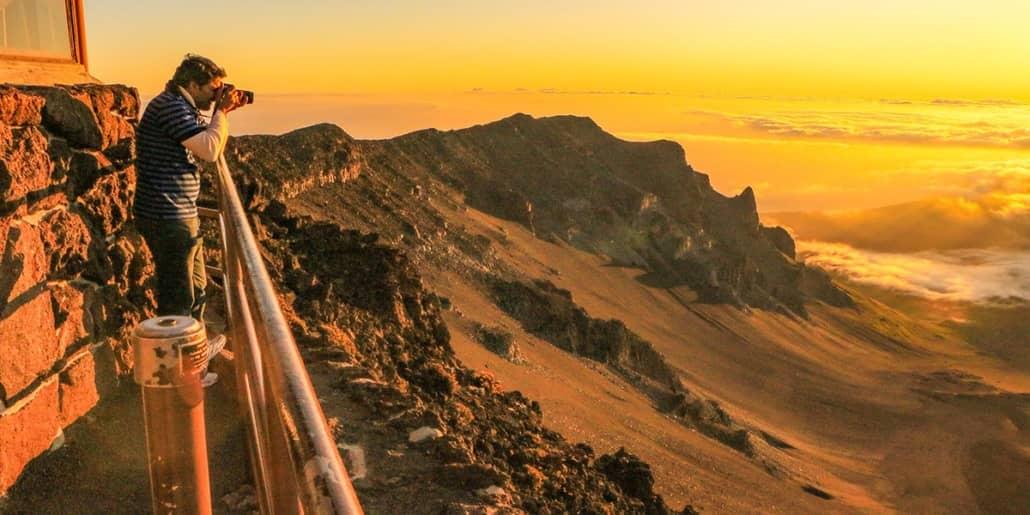 Maui Tours Haleakala Sunrise Photographer Visitor
