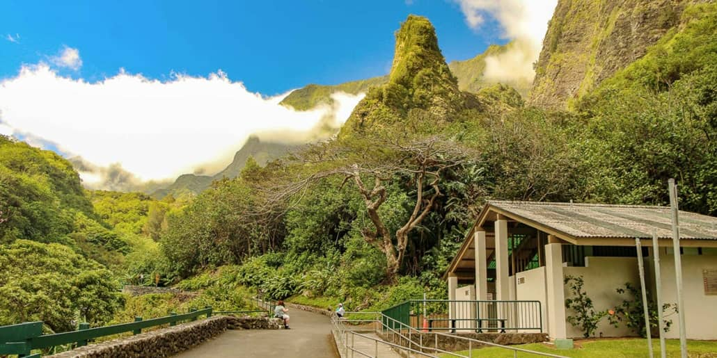 Iao Valley Entrance Path and Bathrooms