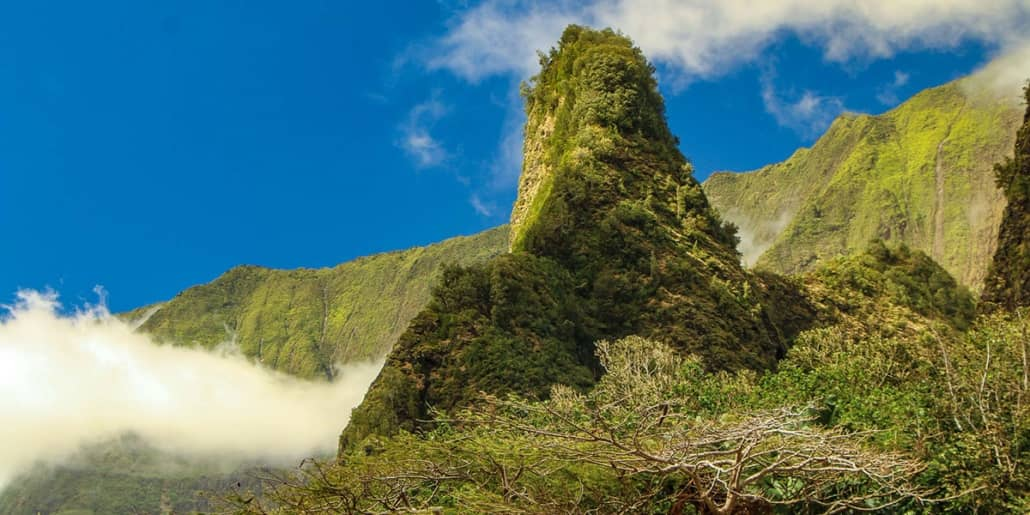 Iao Valley Needle and Clouds EX