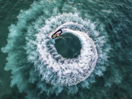 Jet Ski Aerial Circle