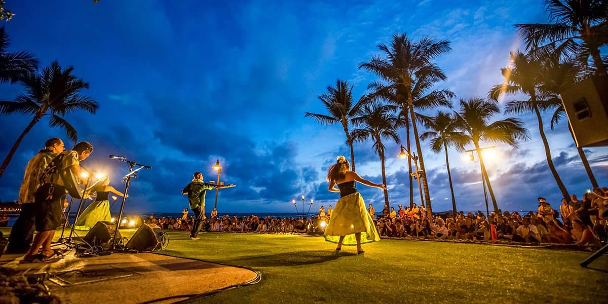 Royal Lahaina Luau Activity Evening Hula