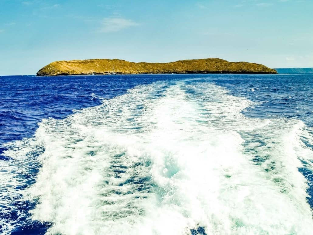 MMolokini Crater and Boat Wake Maui