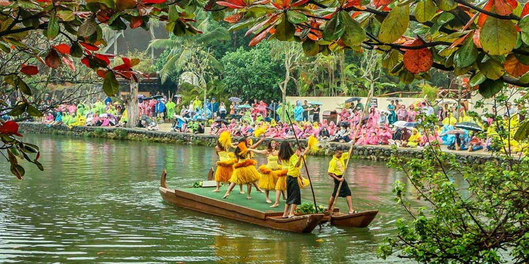 Polynesian Cultural Center Parade of Canoes Dancers Wide Rainy