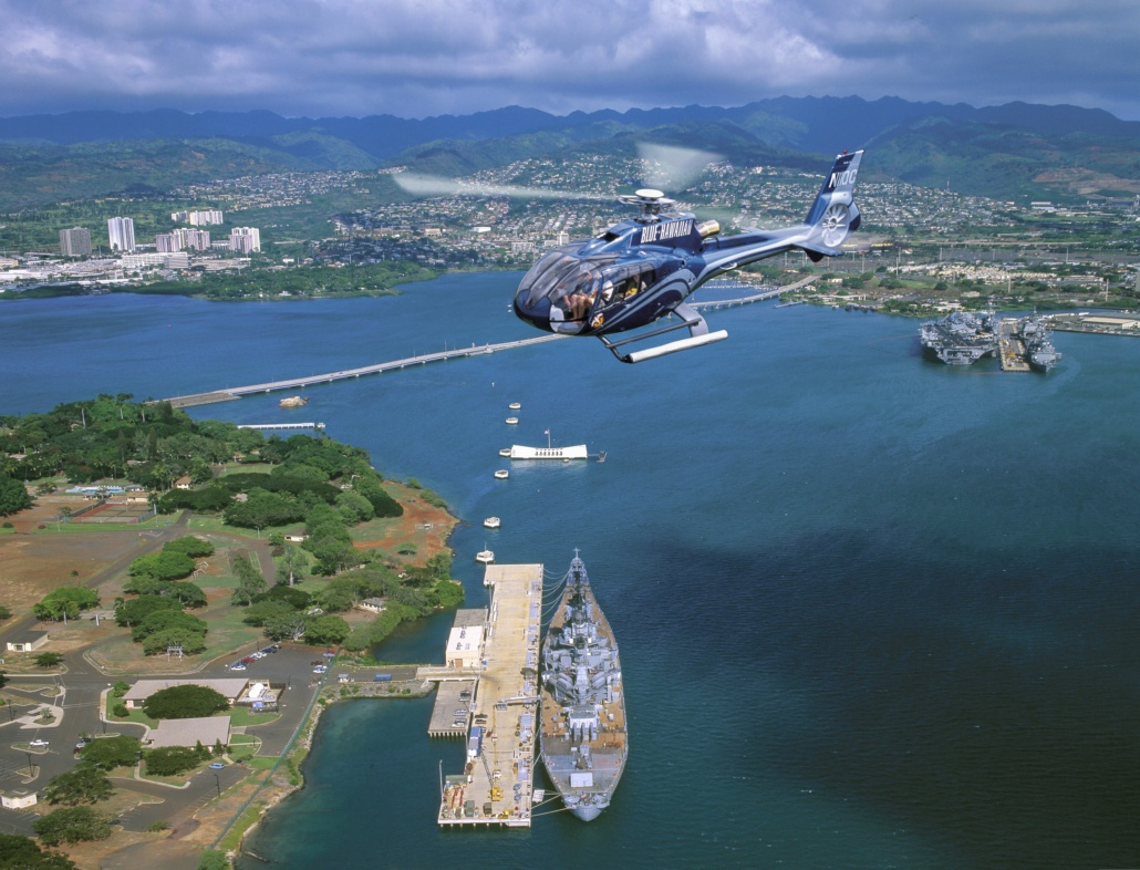Pearl harbor Helicoter Tour