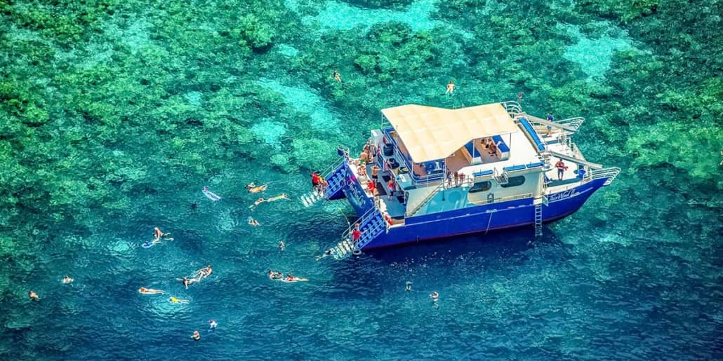 Fair Wind Kealakekua Hula Kai Boat Big Island