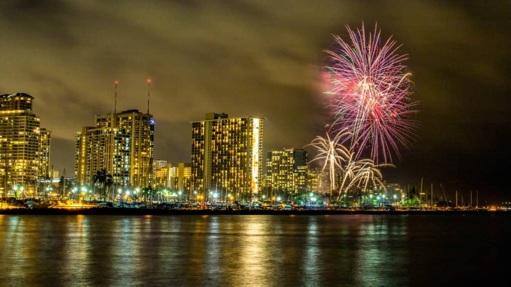 Honolulu Waikiki Fireworks Night Hilton Oahu