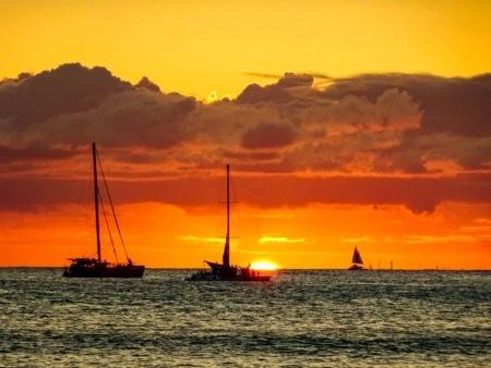 Ocean Boats Sunset Hawaii EX shutterstock