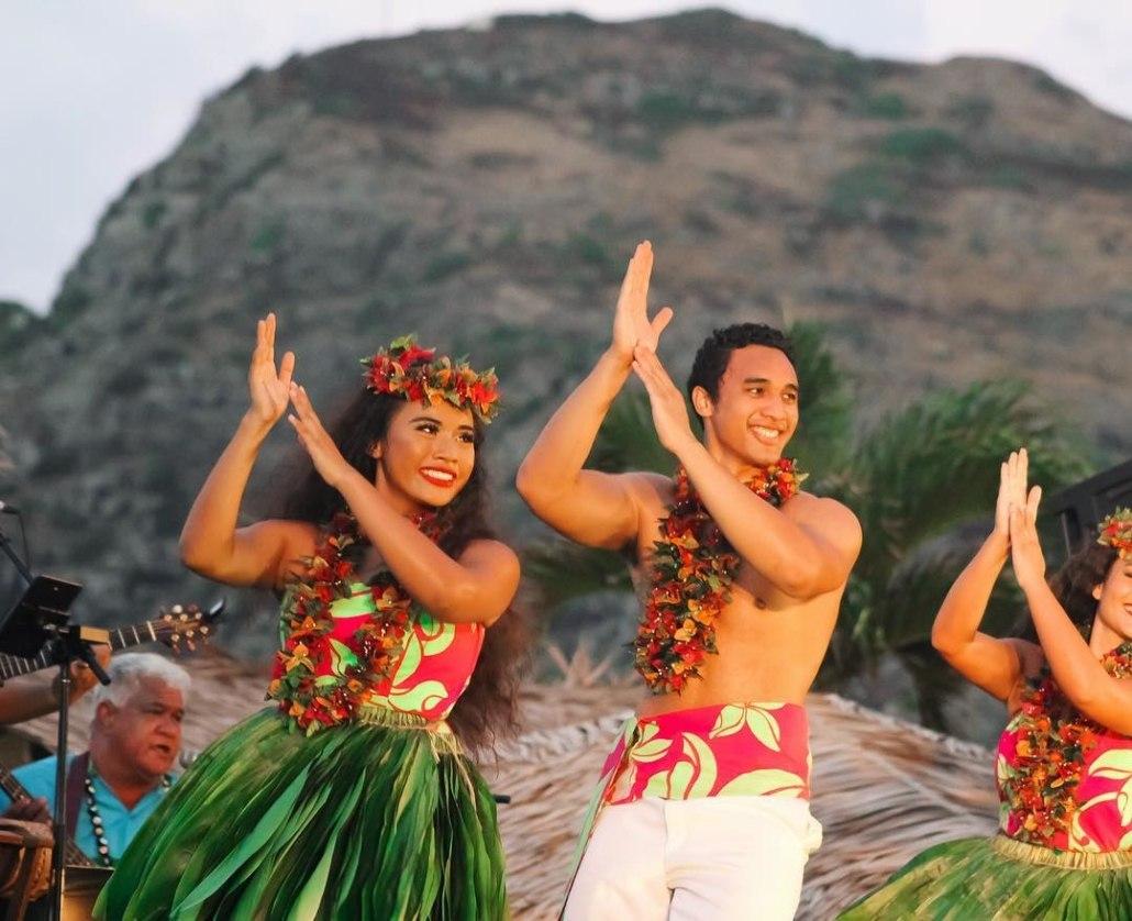 Ka Moana Luau Hula dancers