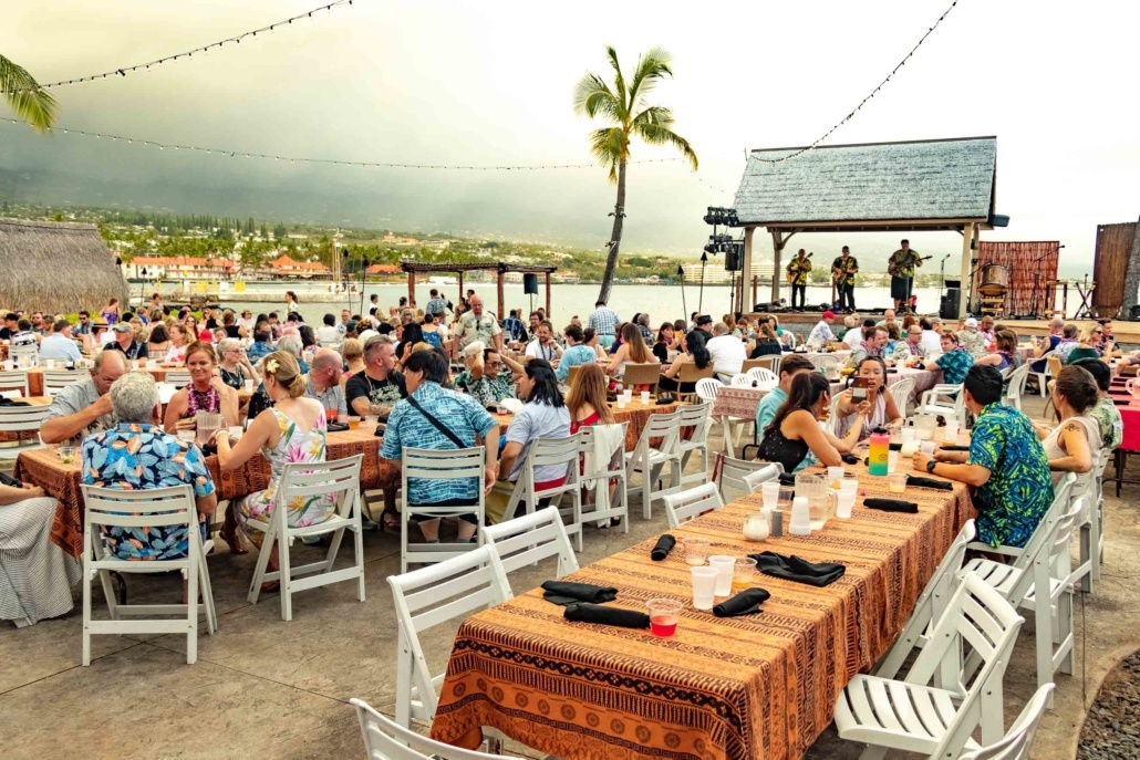 Ocean Breeze Luau Guests Tables Kona Big Island