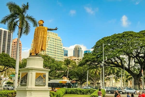 Historical King Kamehameha Statue in Honolulu, Oahu