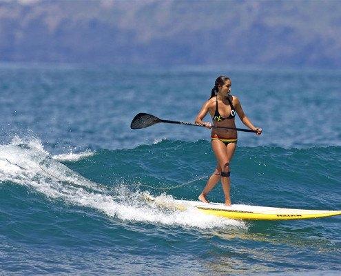 Maui sup surf lesson