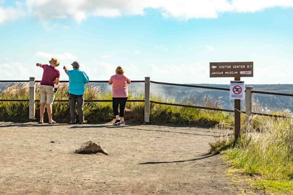 Volcano National Park Kilauea Steam Vents Overlook Visitors Big Island