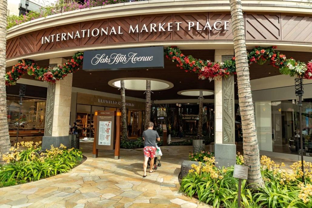 Waikiki International Market Place Visitor Honolulu Oahu