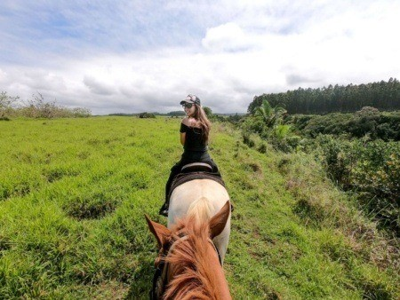 Wailea Horseback Adventure Girl Turn Around