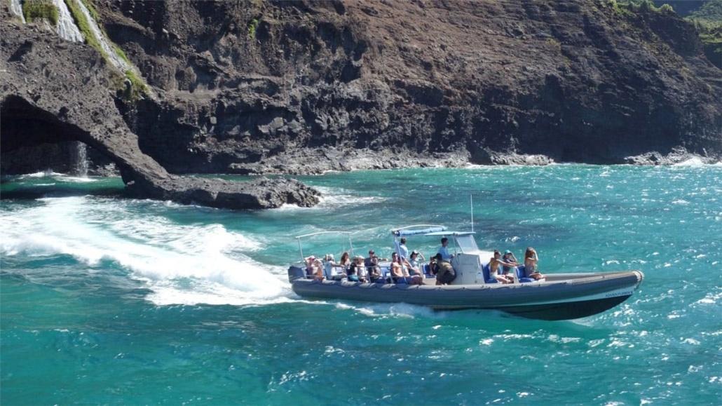 Holo Holo Charters Kauai Adv Napali