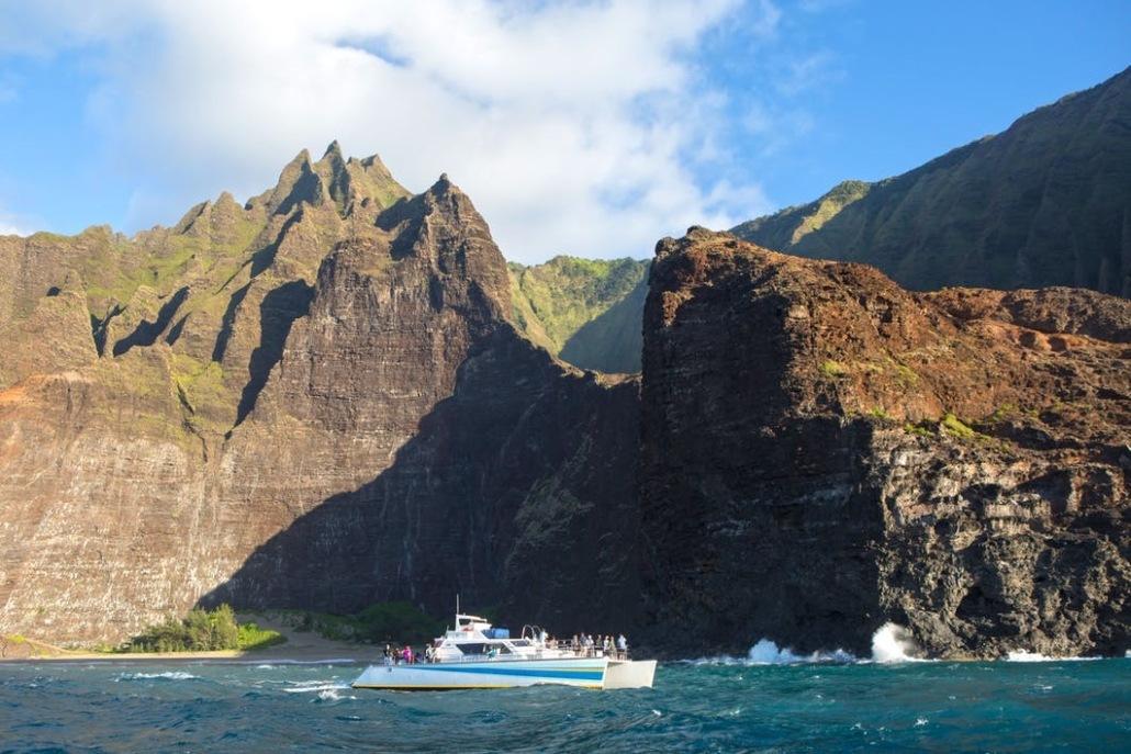 Holo Holo Charters Kauai Coast