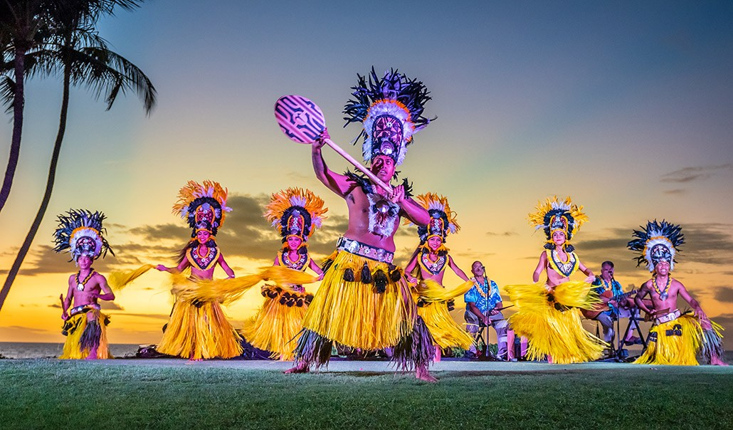 Feast of Mokapu Tahitian Luau Dancers