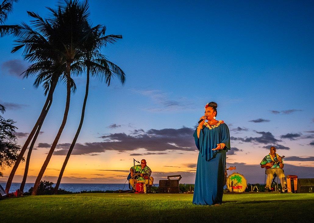 lady singing at luau
