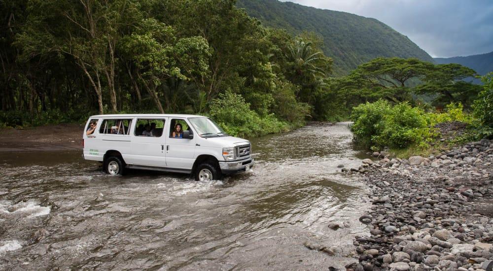 Wasbai Tours Waipio Valley Waterfall Tour