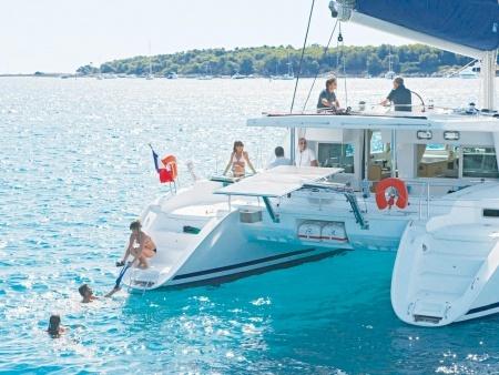 Hawaii Nautical Kona Private Snorker and Sail to Kealakekua