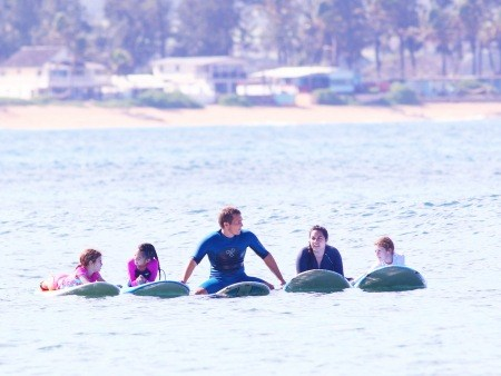 north shore group surfing lesson