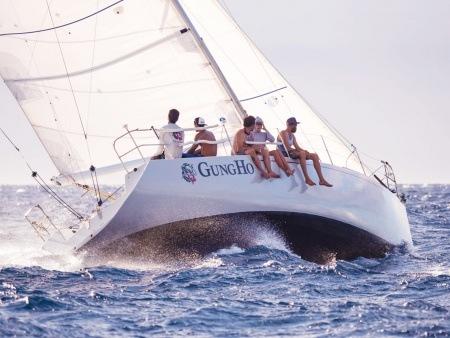 private daytime lahaina sailing charter gungho sailing header