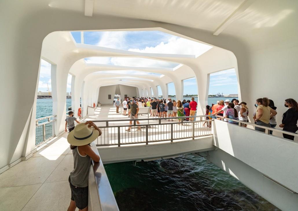 Arizona Memorial visitors and Portal Pearl Harbor Oahu