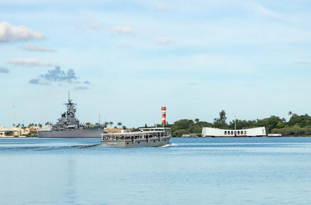 Pearl Harbor Visitor Center Navy Tender USS Missouri and Arizona Memorial Oahu